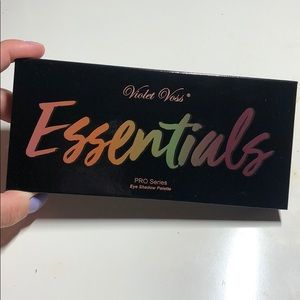 Violet Voss Essentials Eyeshadow